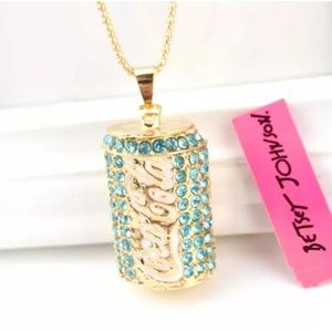NWT Betsey Johnson Coca-Cola can necklace